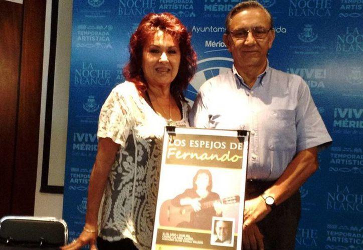 """El evento titulado """"Los espejos de Fernando"""", será un recital con lectura en atril, y la voz y guitarra de Maricarmen Pérez. (SIPE)"""