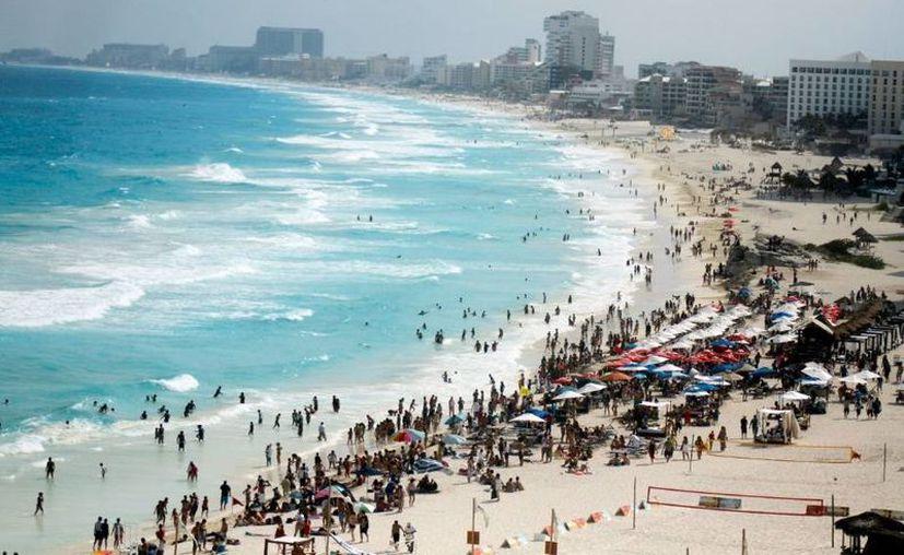 Las playas representan el activo más importante que tiene Cancún y la Riviera Maya. (Redacción/SIPSE)