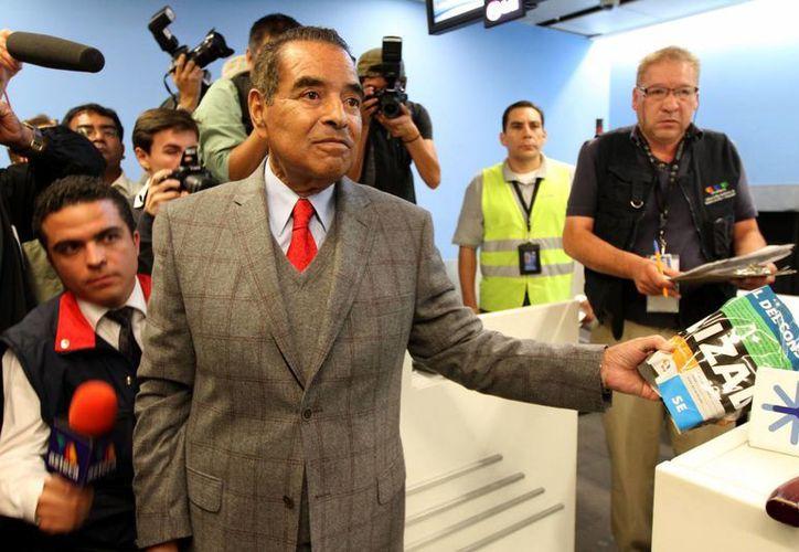 El titular de la Profeco, Humberto Benítez, tuvo que ofrecer disculpas. (Notimex)
