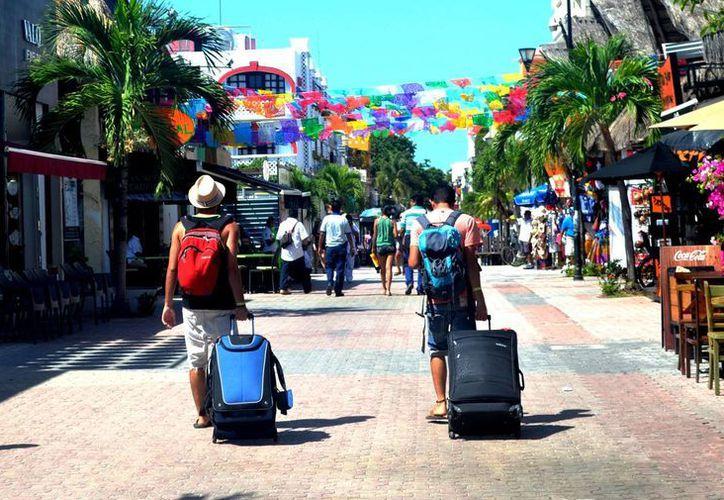 """Autoridades dieron a conocer que Playa del Carmen ha registrado """"picos"""" de ocupación de hasta 95% durante el verano. (Daniel Pacheco/SIPSE)"""