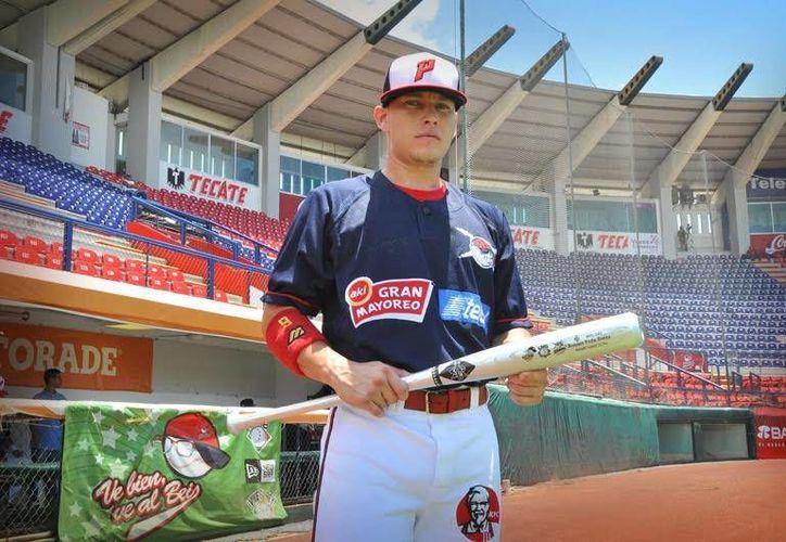 Ramón Peña Zonta continuará con los Tigres de Quintana Roo durante el resto de la temporada. (Redacción/SIPSE)