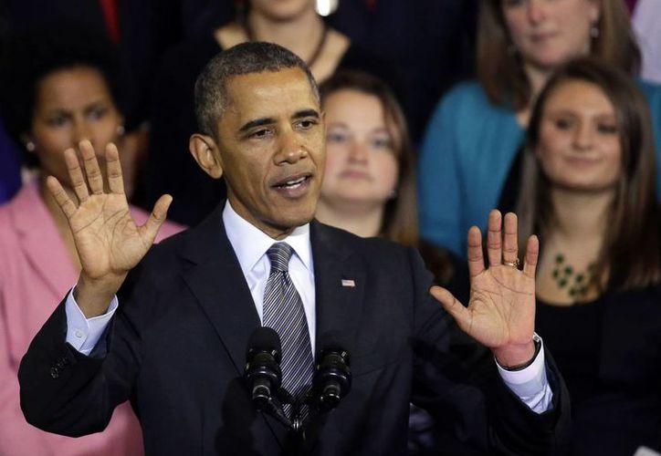 Obama prometió varias veces a la población que podía mantener sus pólizas vigentes pese a la entrada en vigor del nuevo mercado de seguros. (Agencias/Foto de archivo)