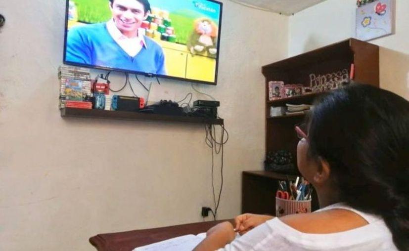 """El programa """"Aprende en Casa II"""" estará disponible todos los días, en un horario de 8 de la mañana a 7 de la noche. (Novedades Yucatán)"""