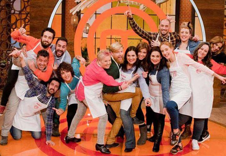 Niños y adultos serán seleccionados para participar en el programa de televisión. (Contexto)