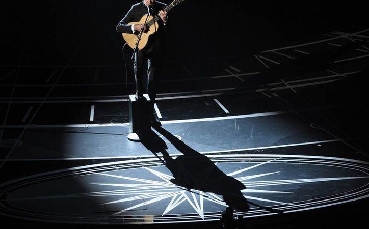 Sting realizó una presentación especial durante la entrega de Premios Oscar, llevada a cabo el pasado domingo.(Chris Pizzello/AP)