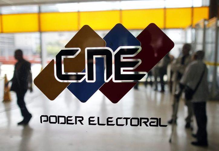 El CNE admitió el trámite de proceso revocatorio contra el mandato de Nicolás Maduro, impulsado por la oposición. (EFE)