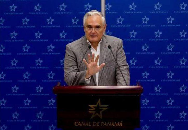"""Quijano reiteró que """"no se negocia un dólar fuera del contrato... Estamos buscando una solución que le conviene al país"""". (Agencias)"""
