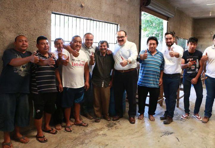 Hay que atender las necesidades de los municipios, dice el aspirante a Senador, Jorge Carlos Ramírez Marín. (Milenio Novedades)