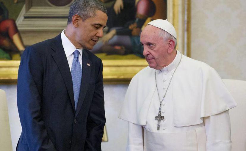 Imagen de archivo de la reunión que sostuvieron el Papa Francisco y el presidente Barack Obama en el Vaticano, el pasado 27 de marzo de 2014. (Agencias)