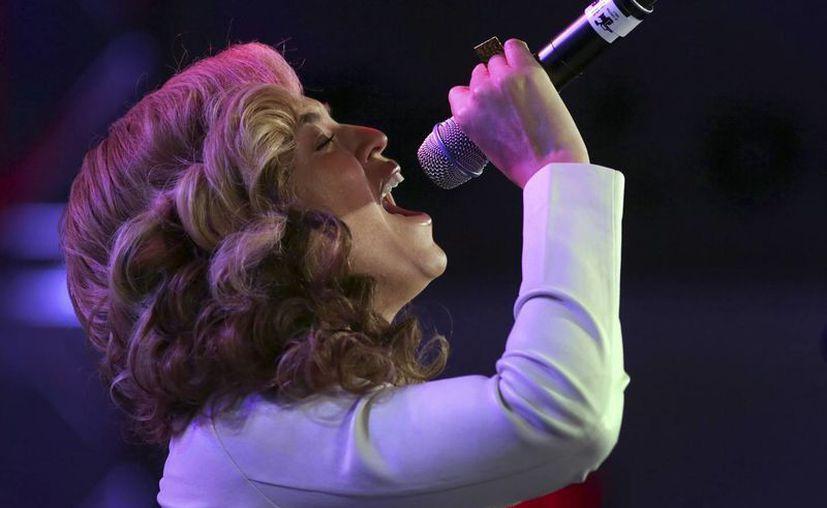En la ceremonia Beyoncé interpretó el himno nacional. (Agencias)