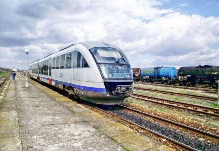 La ruta del Tren Transpeninsular a Cancún sería la más cara por la adecuación y construcción del número de obras que se requieren. (Foto de Contexto/obrasweb.mx)