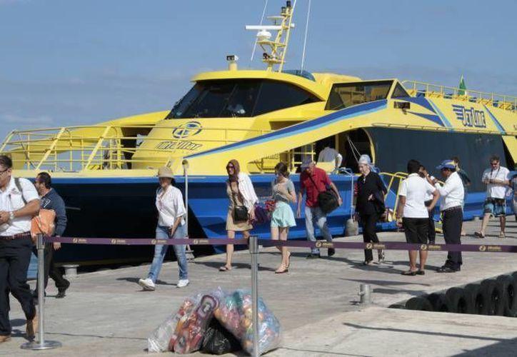 Isla Mujeres mantiene un elevado tráfico de pasajeros en vía marítima. (Redacción/SIPSE)