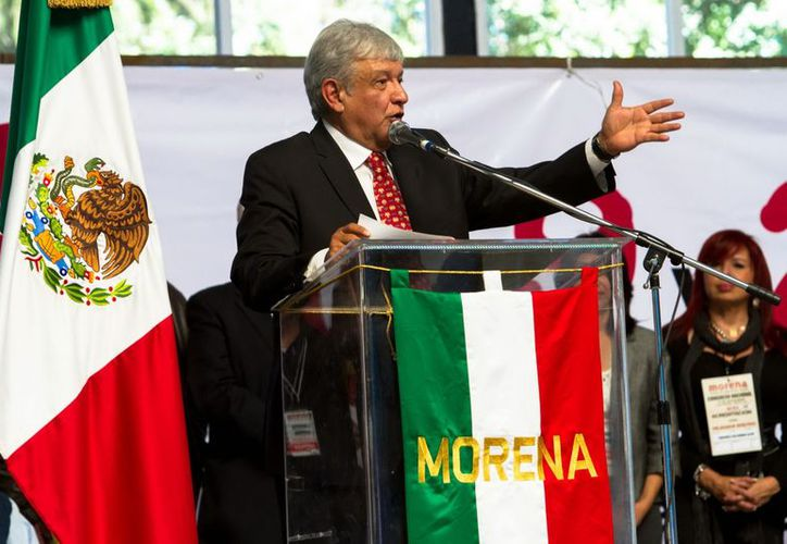 Andrés Manuel López Obrador solicitó a sus compañeros establecer una autentica campaña nacional de concientización, ética, cívica y política. (Notimex)