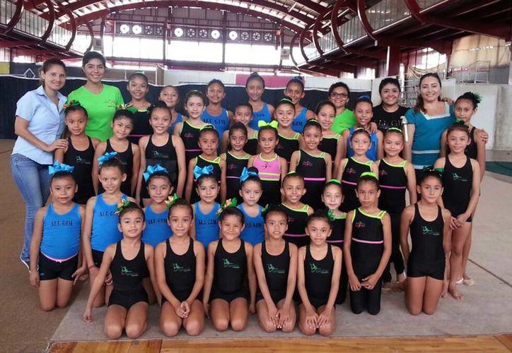 Yucatán envió a 80 competidoras al XXI Torneo Nacional de Fundamentos de Gimnasia Rítmica. (Milenio Novedades)