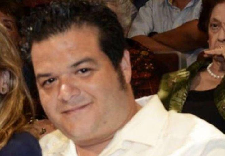 Sobre el hijo del ex gobernador tabasqueño pesan 2 órdenes de aprehensión por 'lavado', defraudación fiscal y enriquecimiento ilícito. (Tabasco Hoy)