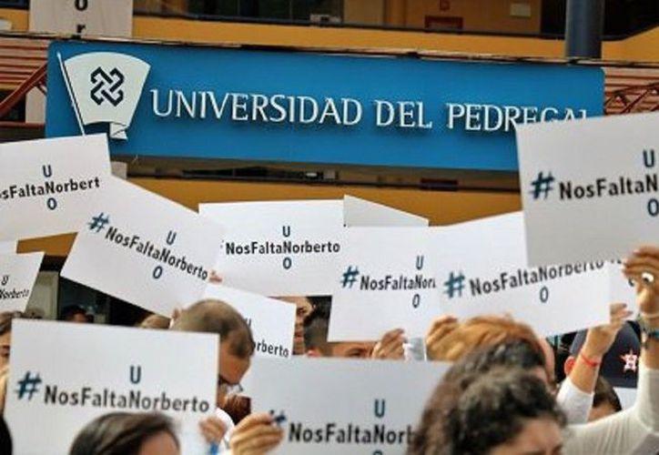 Compañeros de Norberto piden que se esclarezca el caso.  (Universidad del Pedregal)