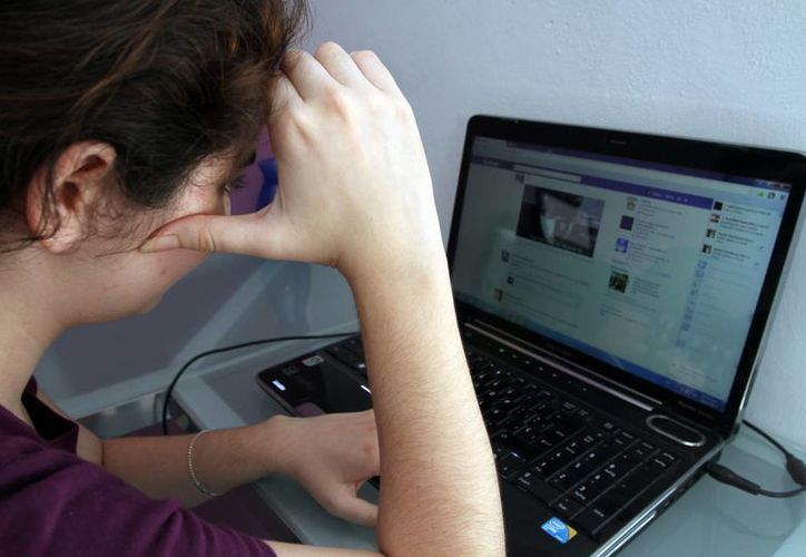 Indicaron que en Mérida había registrados, hasta el año pasado, 560 mil usuarios de Facebook. (Milenio Novedades)