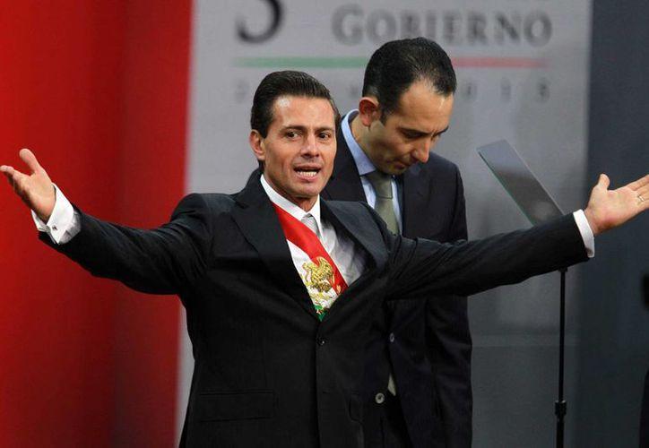 Otro de los gastos importantes del gobierno federal en propaganda fue el destinado al Tercer Informe de Gobierno de Enrique Peña Nieto. (Archivo/Agencias)