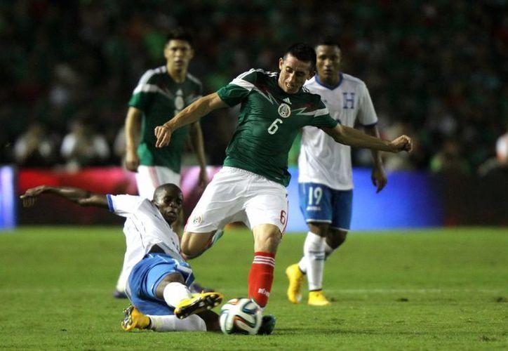 Según la FIFA, Costa Rica es la mejor selección de la Concacaf, pues está en el sitio 16, seguida a continuación por México y EU (23).(Foto de archivo de Notimex)