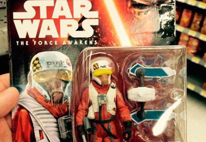 Uno de los nuevos personajes de Star Wars, Episodio VII, Sarco Plank, ya apareció en un juguete oficial de la popular saga. (excelsior.com.mx)