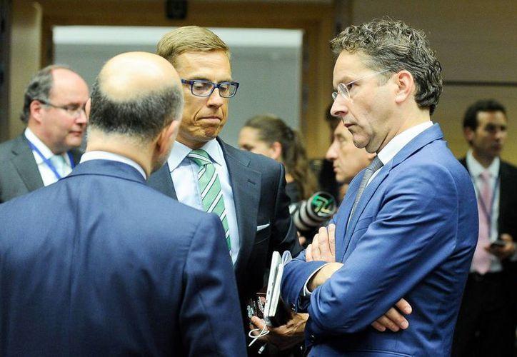 Los ministros de Finanzas de la zona del euro se reunieron para analizar un tercer rescate financiero de Grecia pero no llegaron a ningún acuerdo. (EFE)