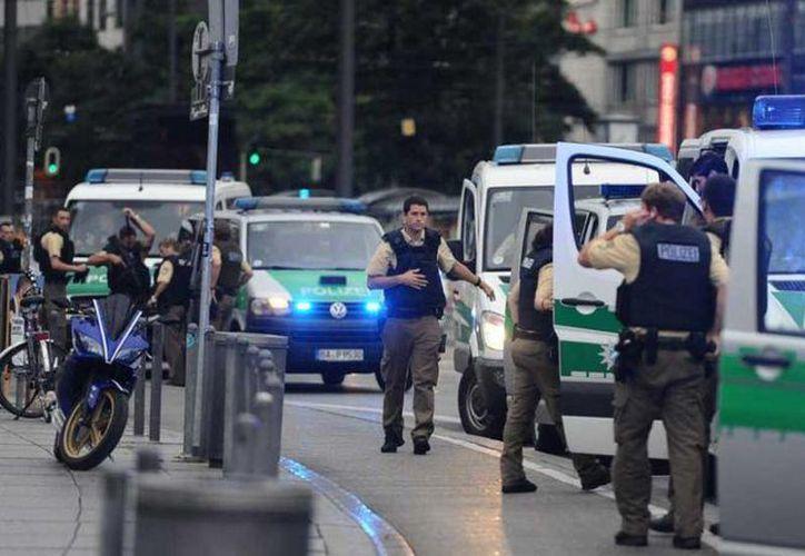 El tiroteo en un centro comercial de Múnich, Alemania, dejó un saldo de nueve muertos e hirió a unas tres decenas más . (AP)