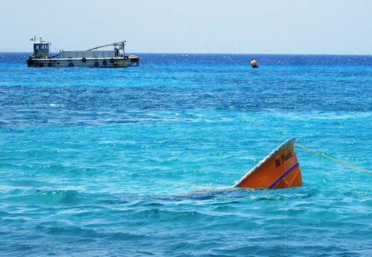 No se reportaron personas lesionadas o a bordo al momento de la eventualidad marítima. (Redacción/SIPSE)