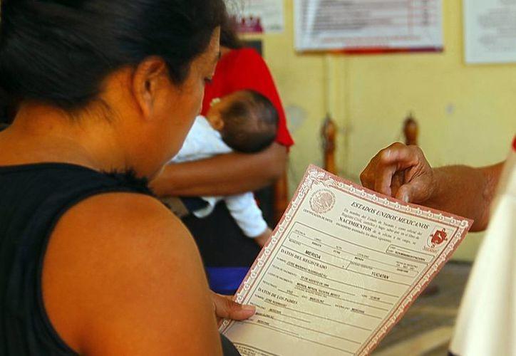 El acceso a las actas de nacimiento se simplifica, ya que el usuario no tienen que viajar al lugar de nacimiento para solicitar el documento. (Milenio Novedades)