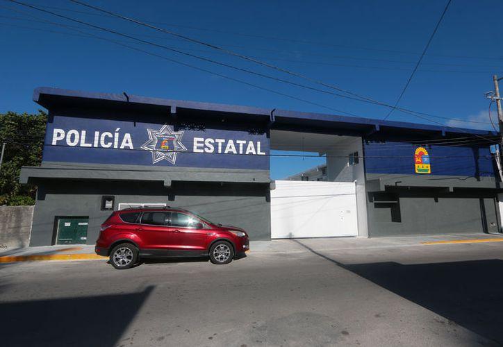 Pese a que la policía municipal tiene carencias, el gobierno de Cozumel se resiste a recibir ayuda. (Foto: Gustavo Villegas/SIPSE)