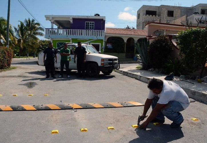 Ocho reductores de velocidad serán instalados en diferentes puntos de la isla. (Cortesía/SIPSE)
