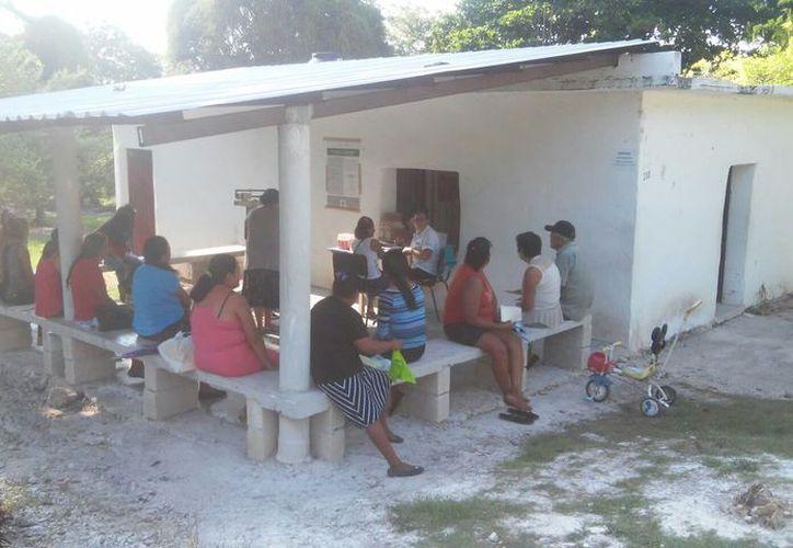 El Centro de Salud más cercano a la comunidad se localiza a unos tres kilómetros. (Foto: Carlos Castillo/SIPSE)