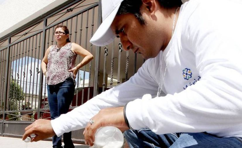 Se esperan abatizar más de 50 mil alcantarillas en la ciudad. (Milenio Novedades)