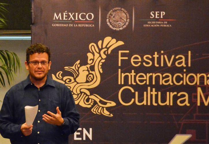 El periodista Alberto Tinoco Guadarrama es un estudioso de la cultura maya. (SIPSE)