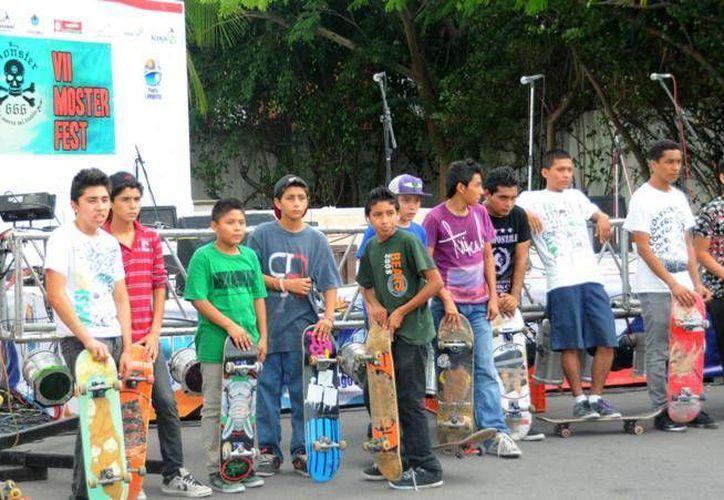 En los cursos de Skate se proporcionará el equipo de protección y las patinetas. (Redacción/SIPSE)