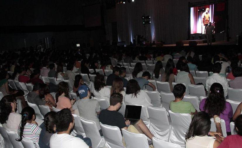 El congreso se realizó en el Centro de Convenciones de Cancún. (Tomás Álvarez/SIPSE)