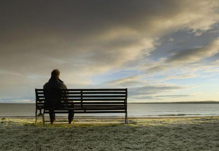 Los resultados del estudio, apoyan la idea de que la soledad es más que un estado negativo que nos empuja a buscar relaciones. (Foto: Contexto/Internet)