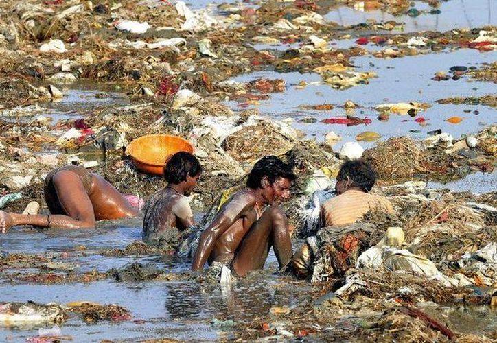 El deterioro de la situación ecológica en la India está relacionado con la rápida industrialización del país. (reddit.com)