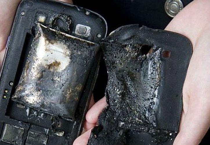 El afectado busca interponer una demanda contra la compañía celular. (Diario Correo)