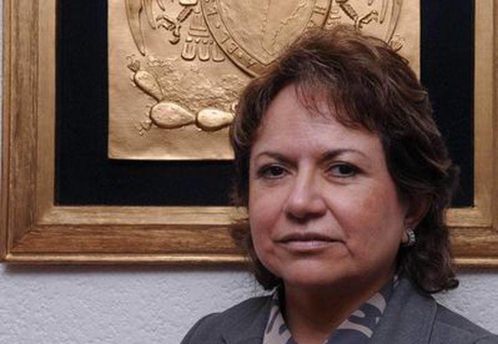 Suemi Rodríguez, exdirectora de la FES Cuautitlán, es una de las aspirantes a la Rectoría de la Universidad Nacional Autónoma de México. (Imágenes de dgcs.unam.mx, comunicacion.amc.edu.mx y udg.mx)