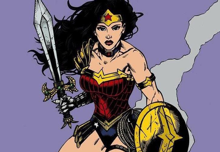Greg Rucka no solo aceptó que la Mujer Maravilla es bisexual sino que le sorprendió que los lectores no se hubieran dado cuenta. (prensalibre.com)