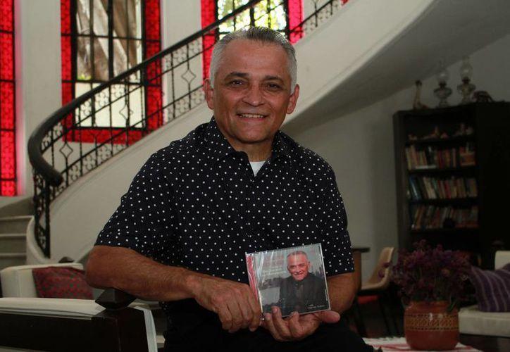 El cantante y productor yucateco Gabriel Espinosa interpreta en su nuevo disco temas de Manzanero y Bacharach. (Jorge Acosta/Milenio Novedades)