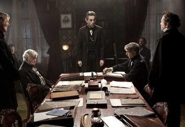 """La película """"Lincoln"""" es protagonizada por Daniel Day-Lewis. (Agencias)"""