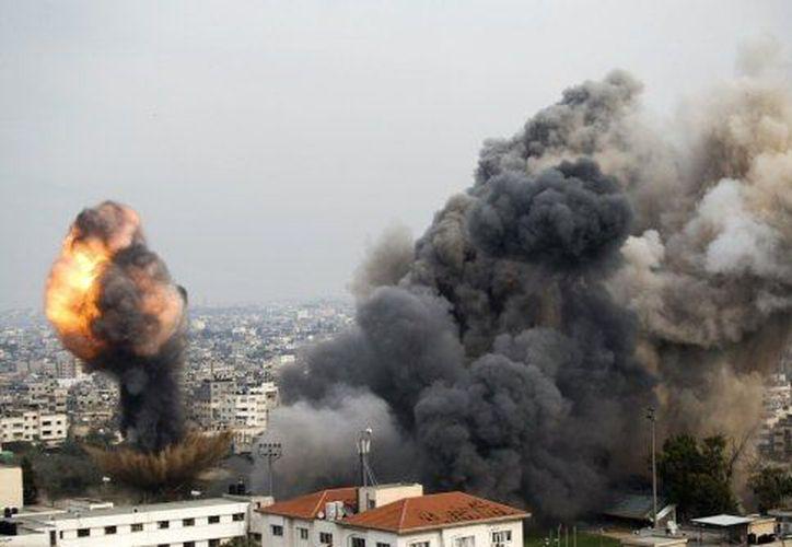 Entre los blancos del ataque se encuentra el ministerio palestino de Seguridad Interior. (Agencias)