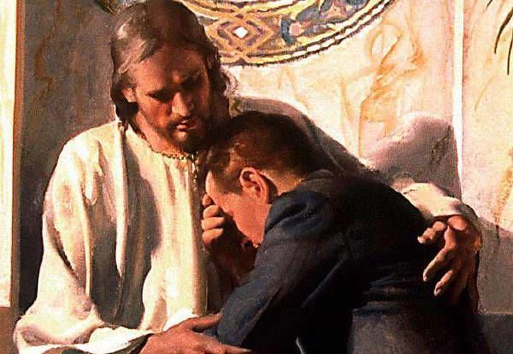 Aprendemos a comprender a Dios viviente en el rostro de la misericordia de Cristo crucificado. (mundocatolico.ucoz.es)