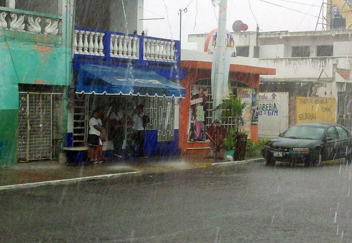 Las lluvias cayeron de manera uniforme en toda la entidad por la depresión tropical número 2. (SIPSE)