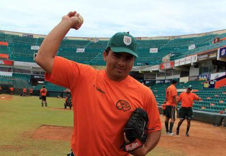 Línder Castro Arjona dijo que se siente al 100% en lo físico como en lo técnico. (José Acosta/SIPSE)