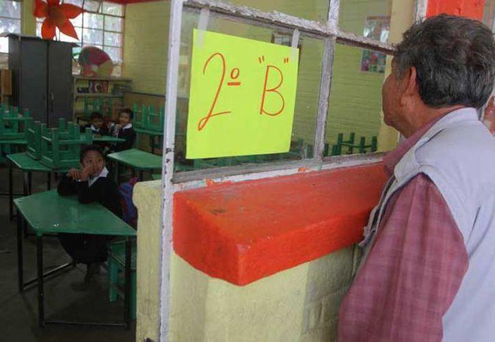 La CNTE acordó que el miércoles abriría las escuelas e iniciaría con el ciclo escolar en Oaxaca. (twitter.com/Siete24Noticias)