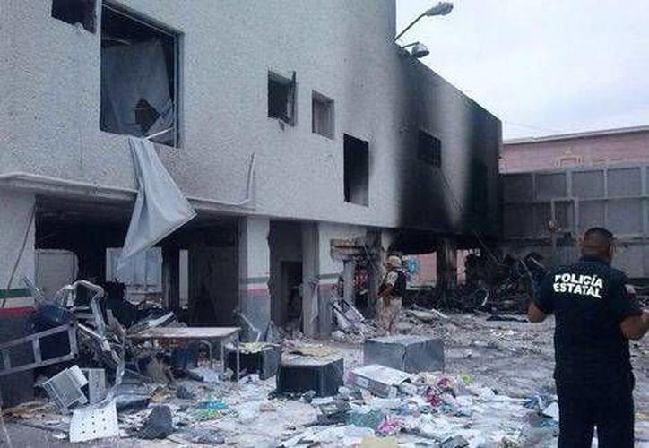 Daños por la explosión en la aduana de Piedras Negras, Coahuila. (Cortesía)