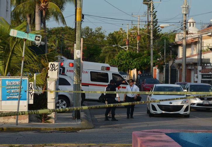 Los cuerpos aparecieron en un vehículo, la mañana del pasado miércoles, en la Supermanzana 43. (Redacción/SIPSE)