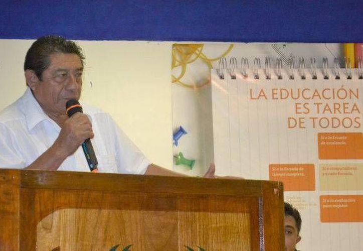 El presidente municipal, Sebastián Uc Yam, fue uno de los invitados distinguidos. (Redacción/SIPSE)